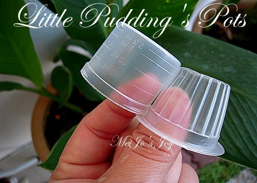 Миниатюрное ведерко из пластикового стаканчика и упаковочной бумаги (18) (504x360, 157Kb)