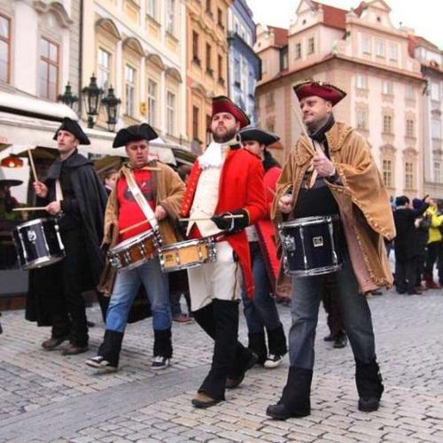 Пражский фестиваль «Струны осени»/4170780_karnavalvPrage (500x500, 104Kb)