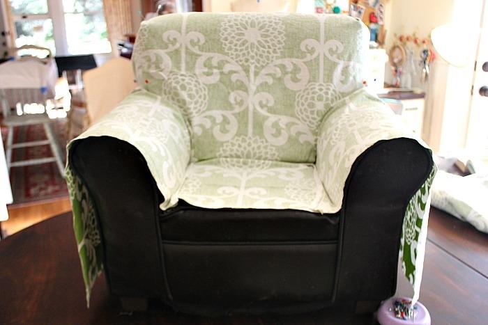 Сшить чехлы на кресло своими руками