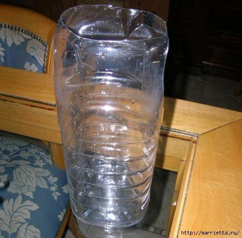 Фидер из пластиковых бутылок для кормления домашних питомцев (2) (500x492, 130Kb)