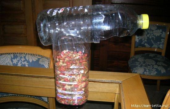Фидер из пластиковых бутылок для кормления домашних питомцев (6) (550x354, 113Kb)