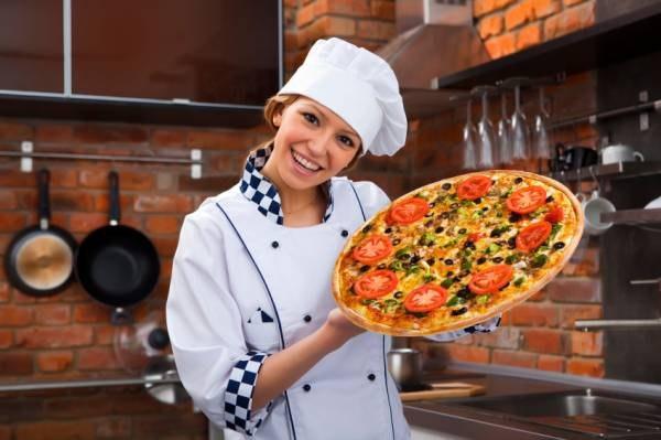 печь для пиццы в кафе (600x399, 188Kb)