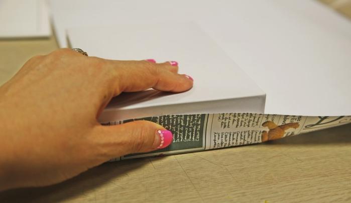 Как упаковать книжку или коробочку для подарка (2) (700x405, 231Kb)