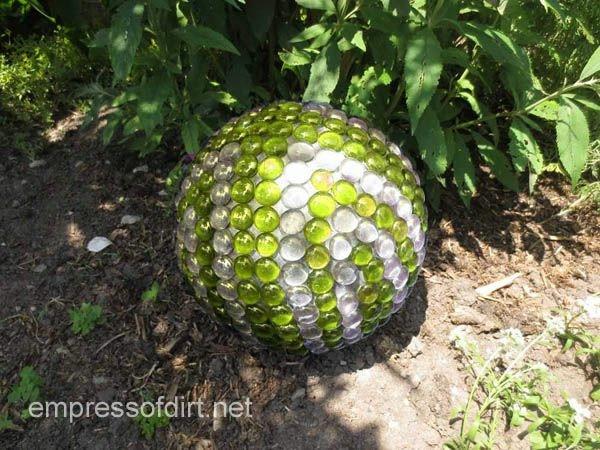 GardenBallGreenWhite (600x450, 214Kb)