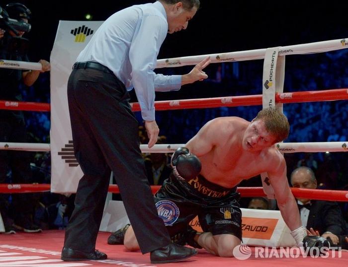Владимир Кличко против Александра Поветкина 03 (700x538, 254Kb)