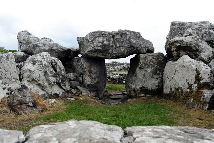 irlandia-megalites-4 (700x467, 175Kb)