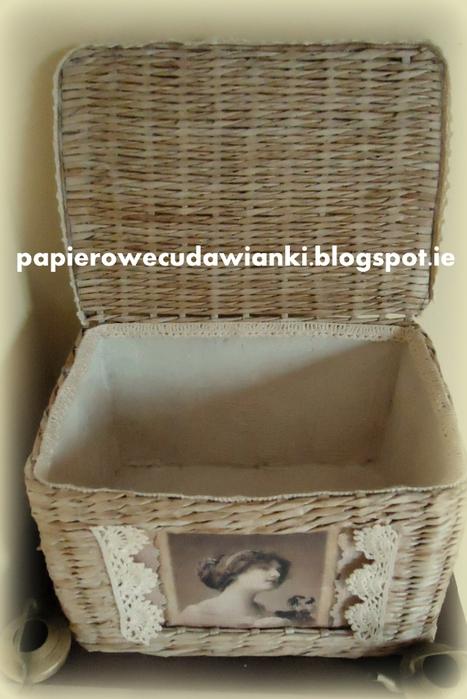 Плетение из газет. Шкатулка-сундучок из коробки. Мастер-класс (28) (467x700, 234Kb)