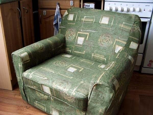 Как обновить старое кресло. Меняем обивку сами (19) (600x450, 143Kb)