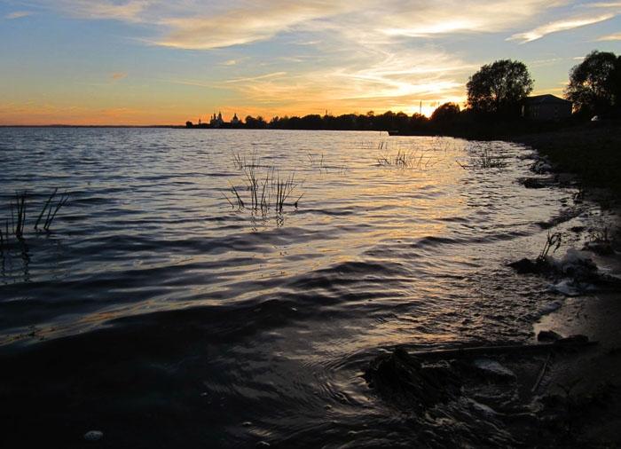 Озеро Неро 1 (700x506, 238Kb)