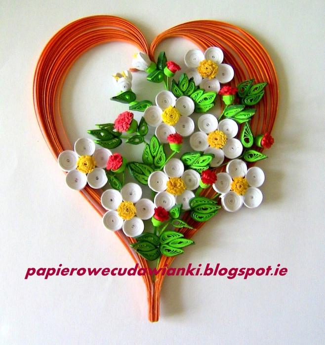 Квиллинг. Панно - сердца с объемными цветами (19) (658x700, 368Kb)