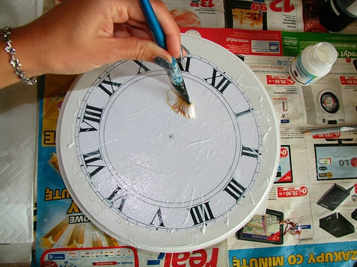 Своими руками. Часы с декупажем. Мастер-класс (6) (700x524, 288Kb)