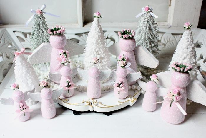 нежные розовые ангелы(14) (700x471, 250Kb)