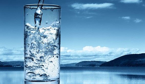 доставка воды в москве/3185107_dostavka_vodi_na_dom (567x331, 47Kb)
