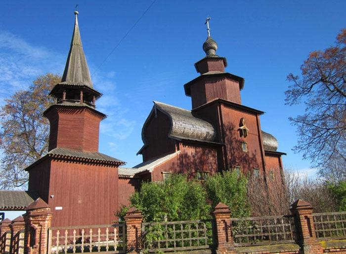 01 Церковь Иоанна Богослова на Ишне (700x515, 299Kb)