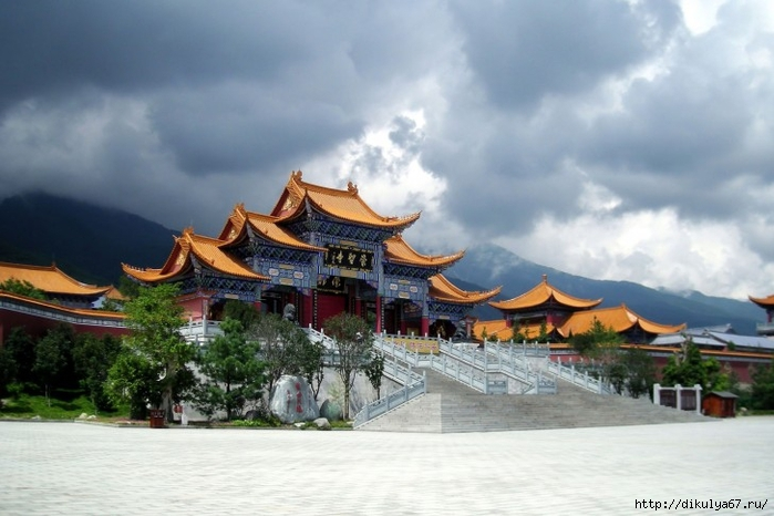 Chongsheng-Temple-in-Yunnan-China-485x728 (700x466, 215Kb)