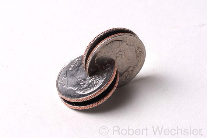 скульптуры из монет Robert Wechsler 8 (680x453, 91Kb)