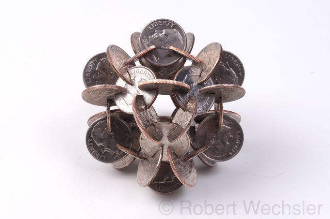 скульптуры из монет Robert Wechsler 10 (680x453, 97Kb)
