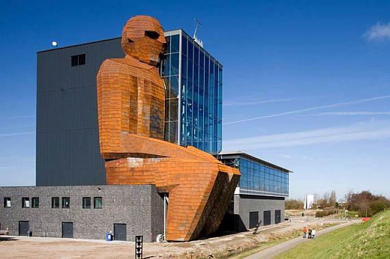 музей тела 1 (570x379, 175Kb)