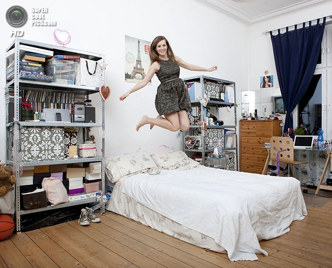 Фото домработница дает в попу в спальне 24 фотография