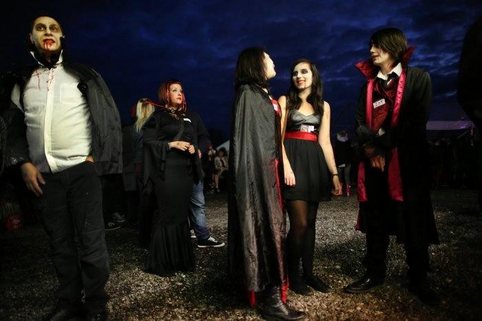 вампиры фото 7 (700x466, 122Kb)