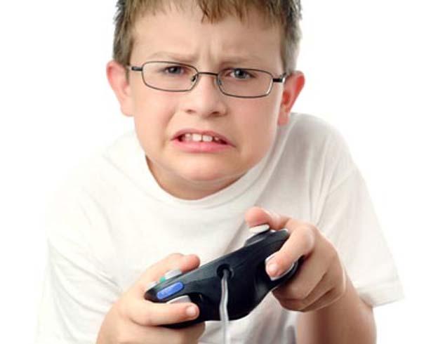 дети и компьютер/5355770_Kidvideogaming (624x490, 36Kb)