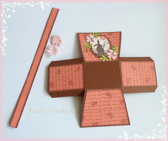Коробочки, корзинки и новогодние игрушки из картона. Шаблоны (39) (700x591, 266Kb)