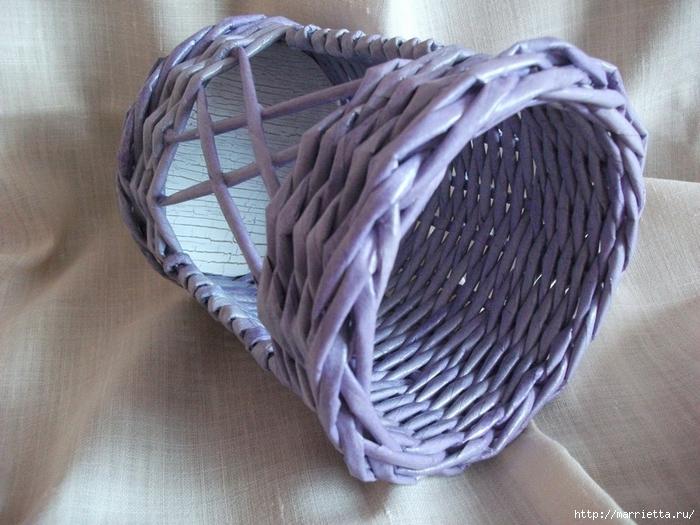 Плетение из газет. Винтажное кашпо из газетных трубочек. Идеи и мастер-класс (1) (700x525, 294Kb)