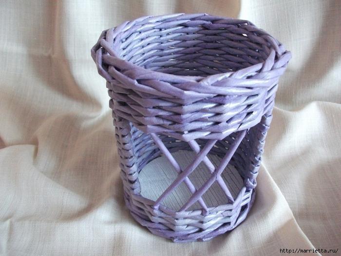 Плетение из газет. Винтажное кашпо из газетных трубочек. Идеи и мастер-класс (5) (700x525, 284Kb)