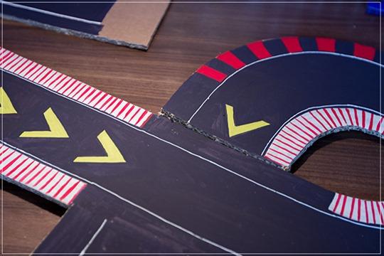 Как сделать детский гоночный трек. Игрушки своими руками