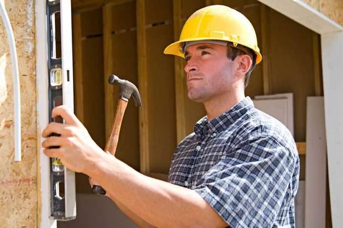 кого пригласить для ремонта квартиры частника или фирму/1382062420_repairslarge (700x466, 45Kb)