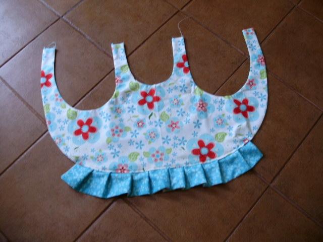 Шьем сами фартушек для маленькой девочки. Мастер-класс (20) (640x480, 175Kb)