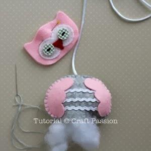 Для детской комнаты. Мобиль из фетровых совушек (6) (300x300, 41Kb)