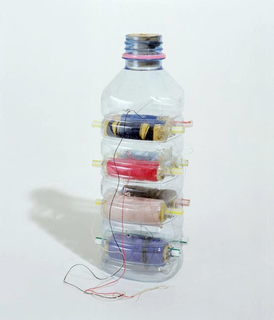 Полезные поделки из пластиковых бутылок своими руками