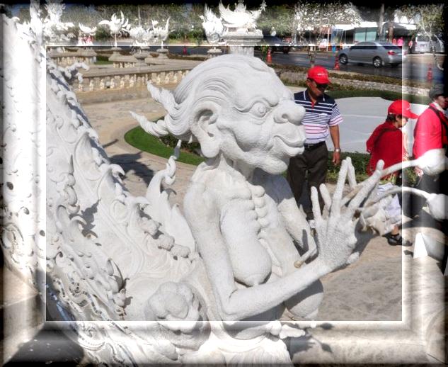 Wat-Rong-Khun-00001 (633x518, 477Kb)