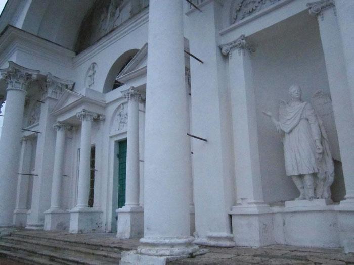 08а Спасо-Яковлевский монастырь в Ростове (700x525, 188Kb)