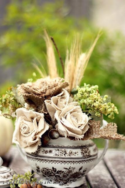 Розы из ткани. Красивая идея с фото мастер-классом (1) (426x640, 199Kb)
