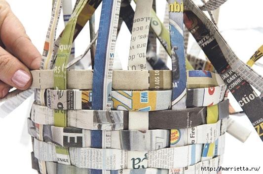 Плетение из газетных полосок. Вазочка для сухоцветов (14) (533x354, 144Kb)