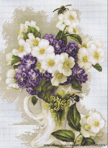 Фото вышивки с цветами 652
