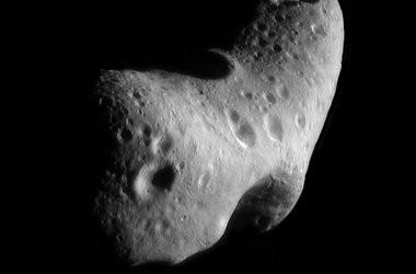 15-metrovyy-asteroid-proletel-na-opasnom-rasstoyanii-ot-zemli_1 (1) (380x250, 14Kb)