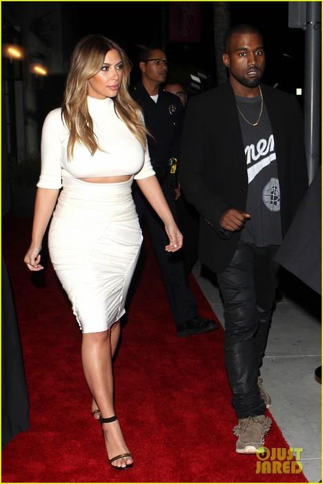 kim-kardashian-kanye-west-dream-for-future-africa-gala-01 (468x700, 70Kb)