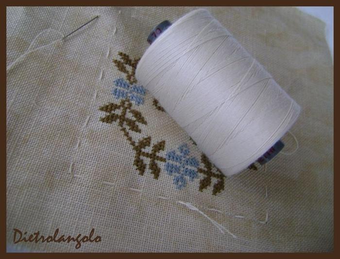 Стильная игольница из льна с вышивкой. Фото мастер-класс (2) (700x532, 259Kb)