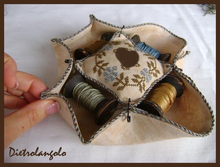 Стильная игольница из льна с вышивкой. Фото мастер-класс (20) (700x532, 252Kb)