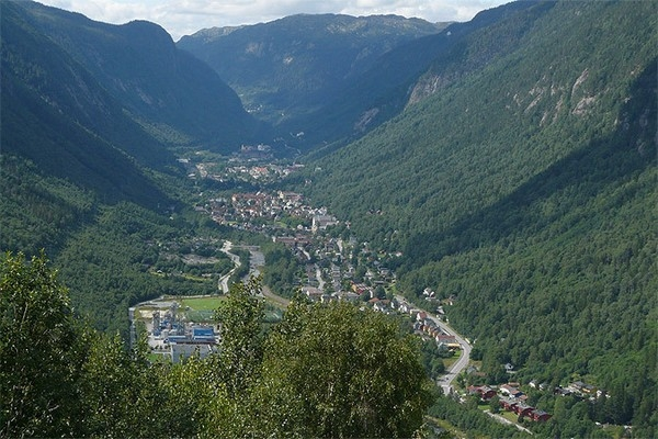 город Рьюкан норвегия 4 (600x400, 214Kb)