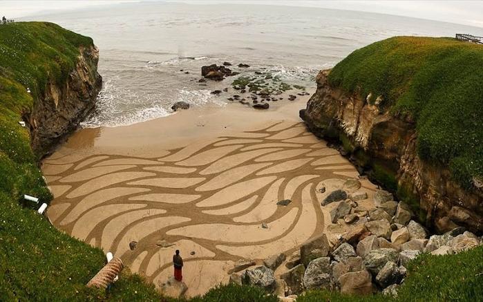 4-Рисунки на песке (700x437, 344Kb)