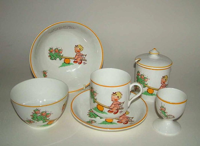 800px-Mabel_Lucie_Attwell_designed_childrens_ware (700x513, 82Kb)