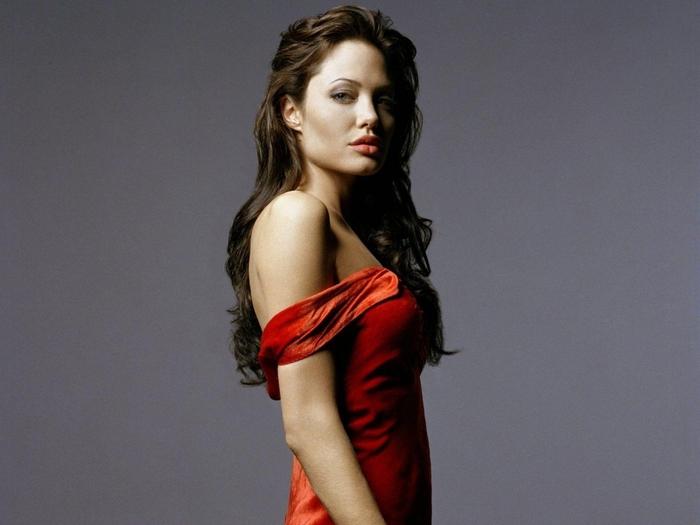 Красные платья - только для смелых (5) (700x525, 203Kb)