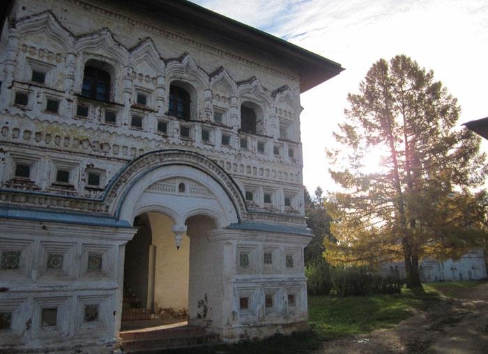 25 Борисоглебский монастырь (700x508, 248Kb)