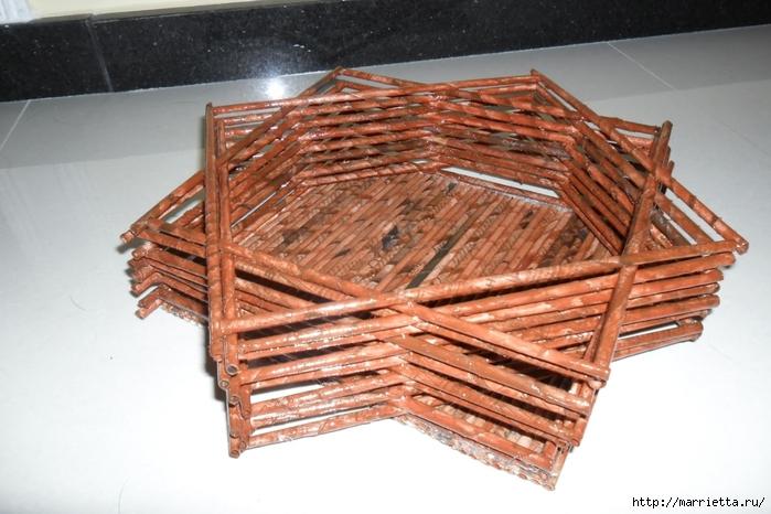 Плетение из газет. Подставки для вина и шампанского (5) (700x466, 242Kb)