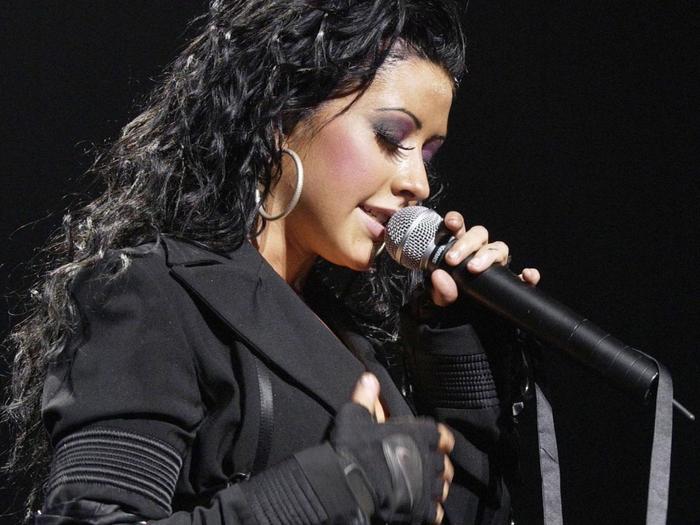 Christina-Aguilera- (700x525, 324KB)