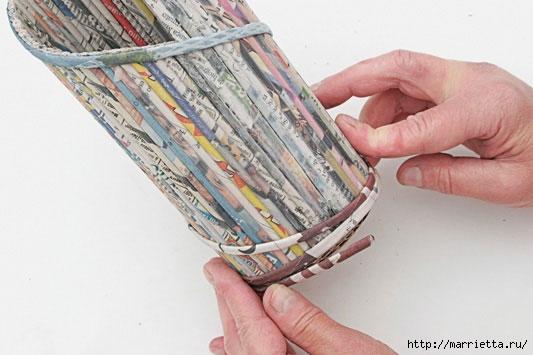 подставка для винных бутылок из газетных трубочек (21) (533x355, 106Kb)